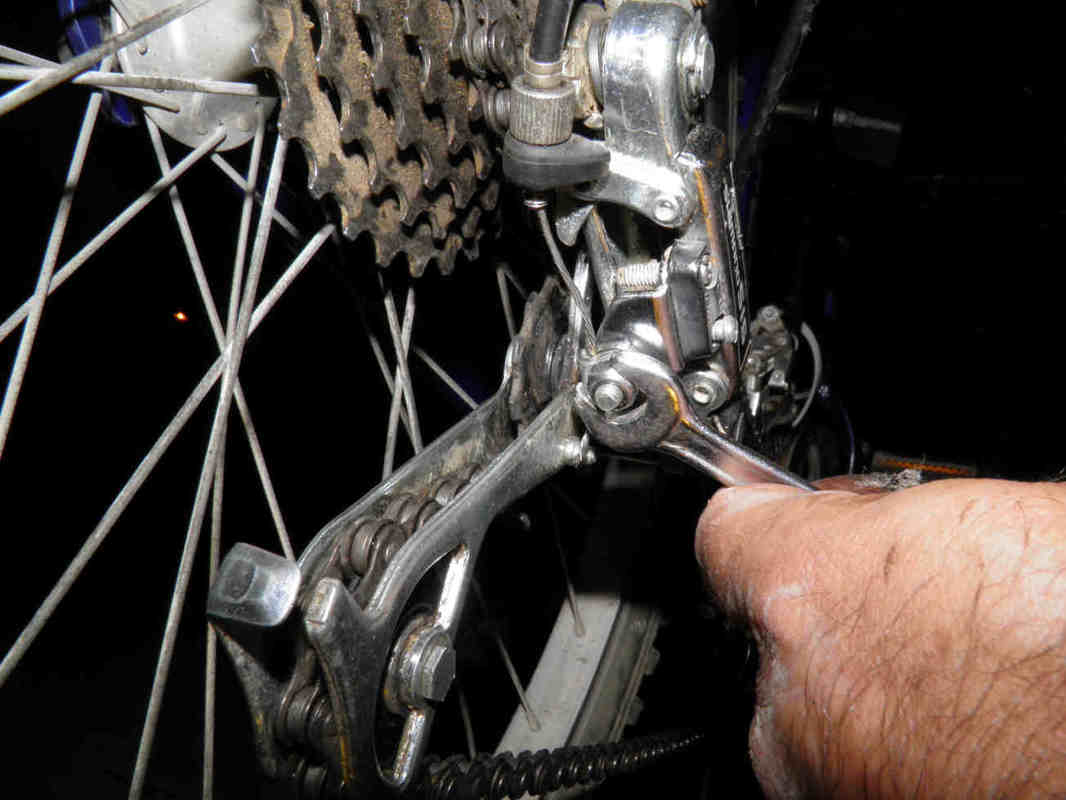 How To Adjust Bicycle Gear | Front And Rear Derailleur