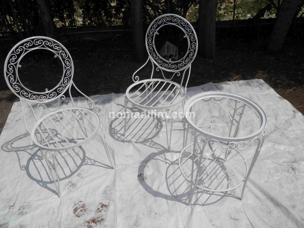 Painting iron furniture